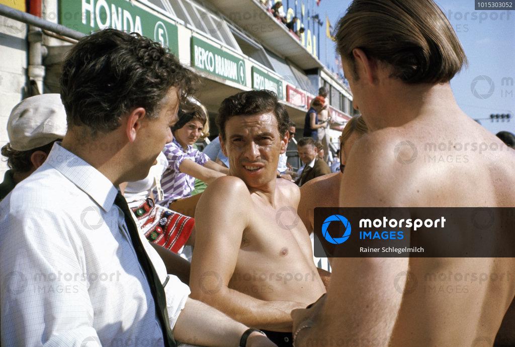 Keith Duckworth, Jim Clark and Graham Hill.