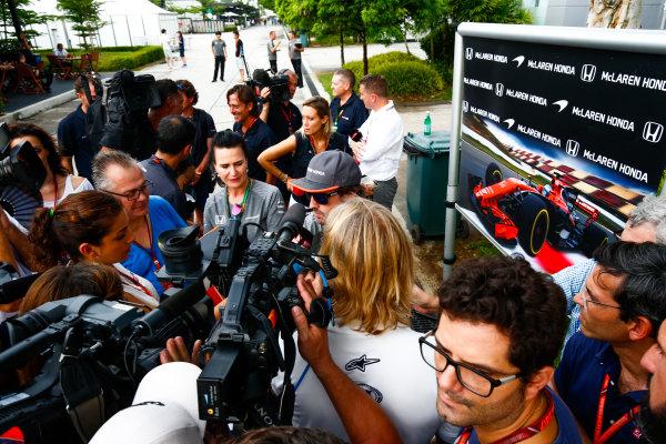 Sepang International Circuit, Sepang, Malaysia. Thursday 28 September 2017. Fernando Alonso, McLaren talking to the press. World Copyright: Andy Hone/LAT Images  ref: Digital Image _ONY1090