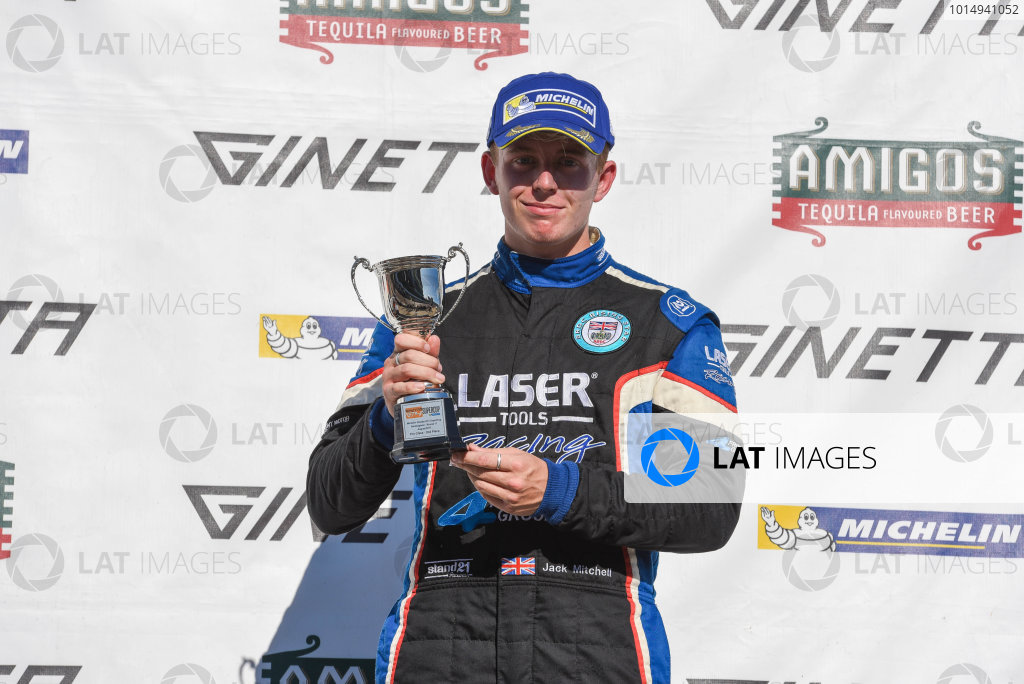 Michelin Ginetta GT4 SuperCup Rockingham, 26th-27th August 2017, Jack Mitchell Rob Boston Racing Ginetta G55 World copyright.. JEP/LAT Images