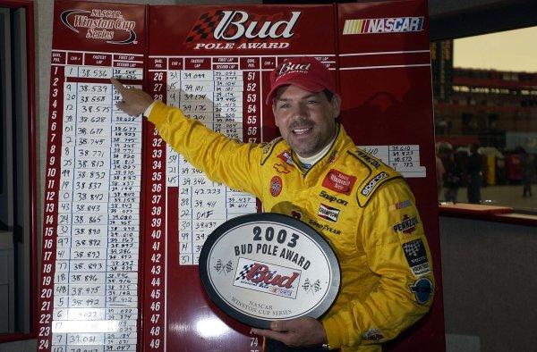 2003 NASCAR-California Speedway, April 25-27 2003 Steve Park pointing to his pole time,World Copyright -RobertLeSieur 2003LAT Photographic-ref: digital image
