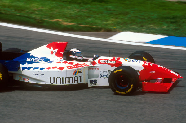 Barcelona, Spain.12-14 May 1995.Taki Inoue (Footwork FA16 Hart). He exited the race due to an engine problem.Ref-95 ESP 14.World Copyright - LAT Photographic