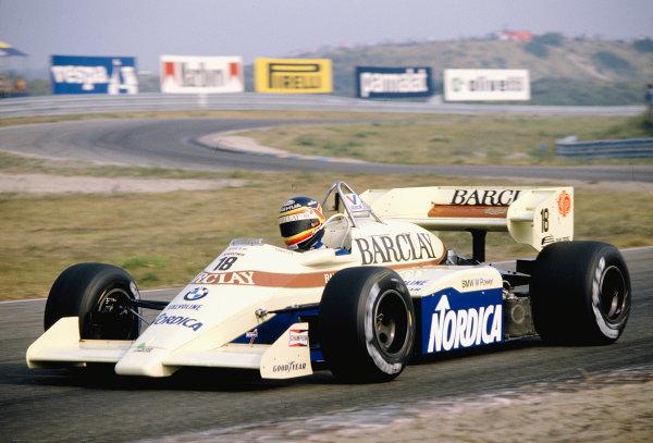 1984 Dutch Grand Prix.Zandvoort, Holland.24-26 August 1984.Thierry Boutsen (Arrows A7 BMW).Ref-84 HOL 19.World Copyright - LAT Photographic