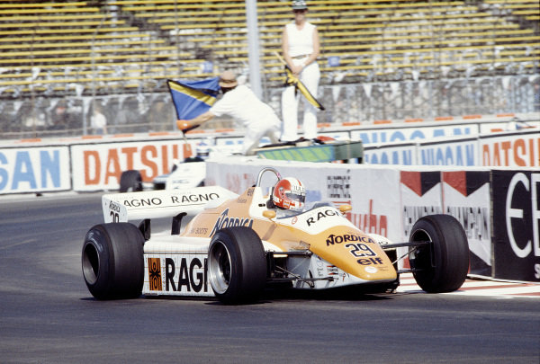 Caesars Palace, Las Vegas, Nevada, USA. 23-25 September 1982. Marc Surer (Arrows A5 Ford) 7th position. Ref-82 LV 36. World Copyright - LAT Photographic