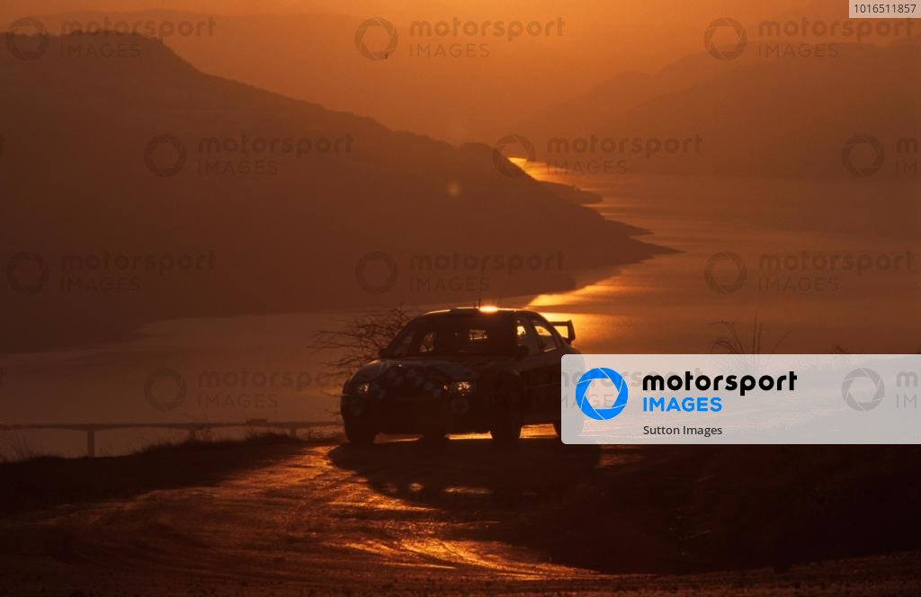 Freddy Loix (BEL) Mitsubishi Lancer EVO5 A beaufiful sunset and scenary of the Monte. Monte Carlo Rally, Monaco, 20-23 January 2000