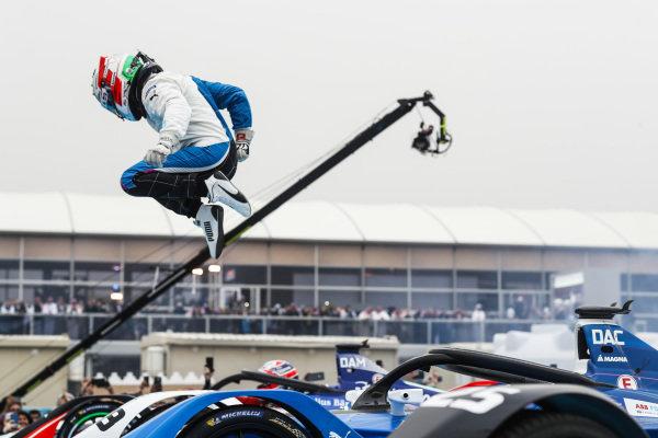 Antonio Felix da Costa (PRT), BMW I Andretti Motorsports, BMW iFE.18, wins the inaugural Ad Diriyah E-Prix