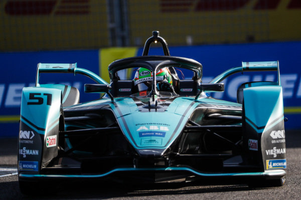 Sacha Fenestraz (ARG), Rookie Test Driver for Panasonic Jaguar Racing, Jaguar I-Type 4