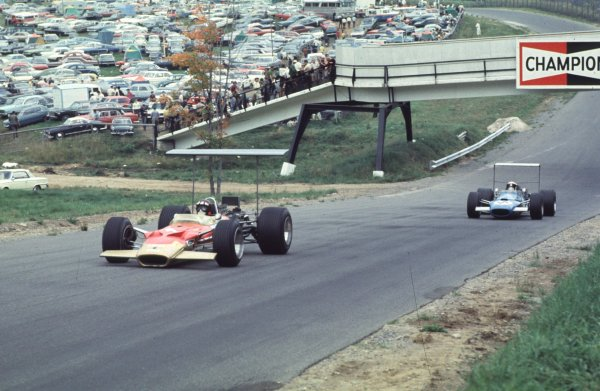 1968 Canadian Grand Prix.Mont-Tremblant, (St. Jovite), Quebec, Canada.20-22 September 1968.Jackie Oliver (Lotus 49B Ford) leads Jackie Stewart (Matra MS10 Ford). Stewart finished in 6th position.Ref-68 CAN 03.World Copyright - LAT Photographic