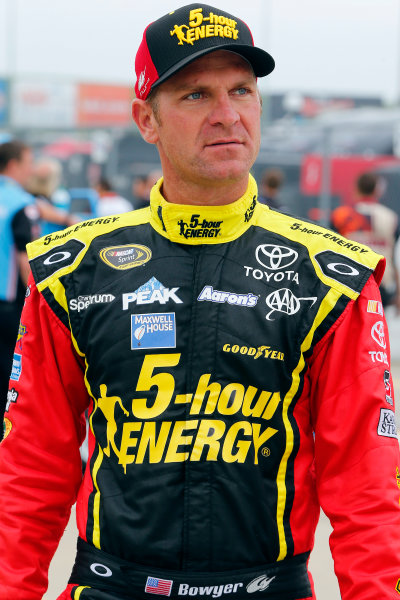 8-9 May, 2015, Kansas City, Kansas USA Clint Bowyer ?2015, Russell LaBounty LAT Photo USA