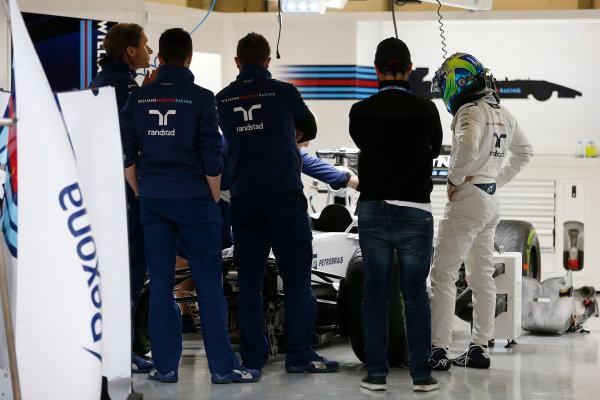 Shanghai International Circuit, Shanghai, China. Thursday 9 April 2015. Felipe Massa, Williams F1, in the garage. World Copyright: Charles Coates/LAT Photographic. ref: Digital Image _J5R6453