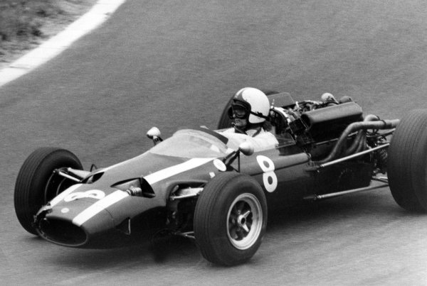 1966 French Grand Prix.Reims, France. 3 July 1966.Chris Amon, Cooper T81-Maserati, 8th position, action.World Copyright: LAT Photographic
