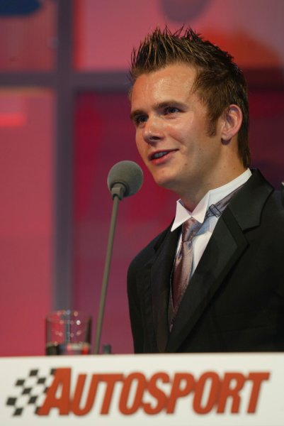 2003 AUTOSPORT AWARDS, The Grosvenor, London. 7th December 2003. Rookie of the year, Dan Wheldon. Photo: Peter Spinney/LAT Photographic Ref: Digital Image only