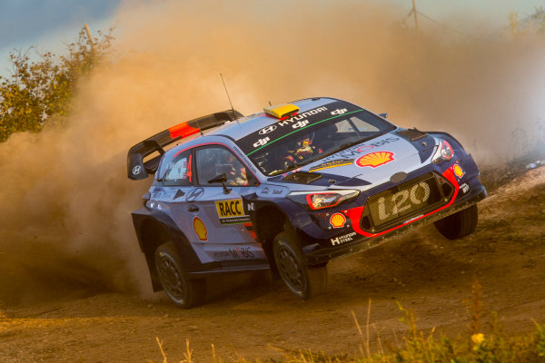2017 FIA World Rally Championship, Round 11, Rally RACC Catalunya / Rally de España, 5-8 October, 2017, Andreas Mikkelsen, Hyundai, action, Worldwide Copyright: LAT/McKlein