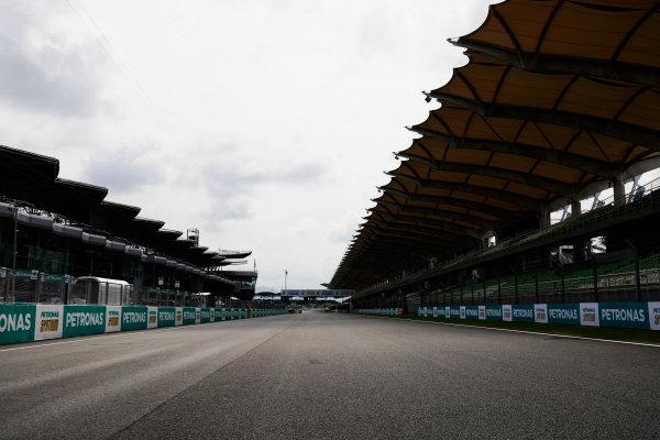Sepang International Circuit, Sepang, Malaysia. Thursday 28 September 2017. Sepang circuit detail. World Copyright: Zak Mauger/LAT Images  ref: Digital Image _56I8918