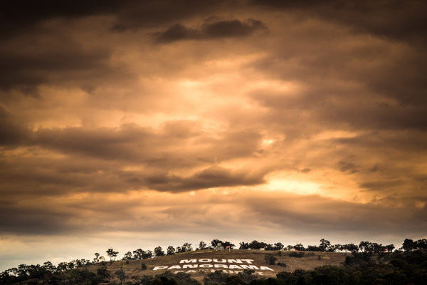 2017 Supercars Championship Round 11.  Bathurst 1000, Mount Panorama, New South Wales, Australia. Tuesday 3rd October to Sunday 8th October 2017. Mount Panorama Bathurst. World Copyright: Daniel Kalisz/LAT Images Ref: Digital Image 031017_VASCR11_DKIMG_0007.jpg