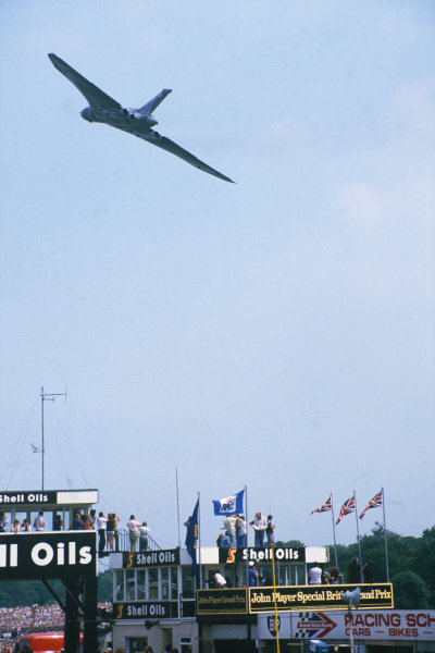 Brands Hatch, England. 20th - 22nd July 1984.Avro Vulcan flying demonstartion before the race, atmosphere.World Copyright: LAT Photographic.Ref:  84GB