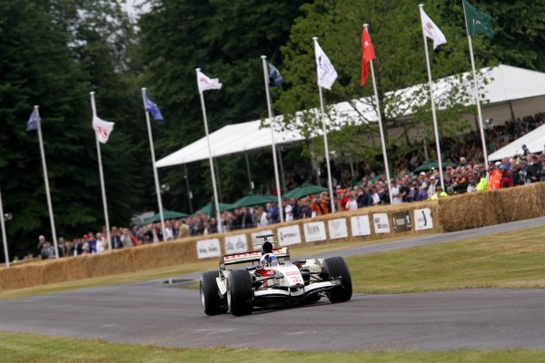 2006 Goodwood Festival of Speed.Goodwood Estate, West Sussex. 7th - 9th July 2006.Anthony Davidson, Honda RA106.World Copyright: Gary Hawkins/LAT Photographic.ref: Digital Image Only.
