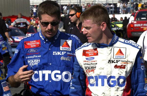 2002 NASCAR,New Hampshire Intl. Speedway,Sept 13-15, 2002 NASCAR, Loudon,NH . USA -Paul Andrews with Jeff Burton,Copyright-Robt LeSieur2002LAT Photographic