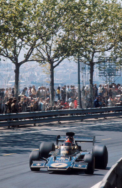 1973 Spanish Grand Prix.Monjuich Park, Barcelona, Spain.27-29 April 1973.Emerson Fittipaldi (Lotus 72E Ford) 1st position.Ref-73 ESP 03.World Copyright - LAT Photographic