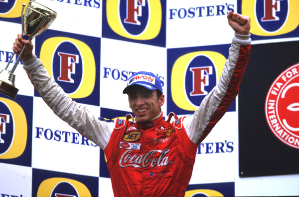 2001 F3000 ChampionshipSpa-Francorchamps, Belgium. 1st September 2001.Ricardo Sperafico (Petrobas Junior Team),scores his first win.World Copyright: Clive Rose/LAT Photographicref: 35mm Image A06