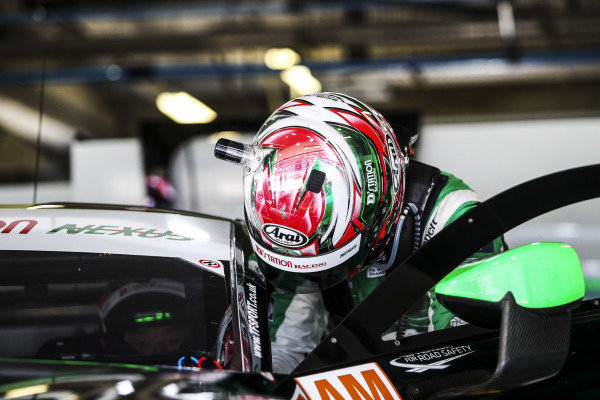 #777 D'Station Racing Aston Martin Vantage AMR: Tomonobu Fujii
