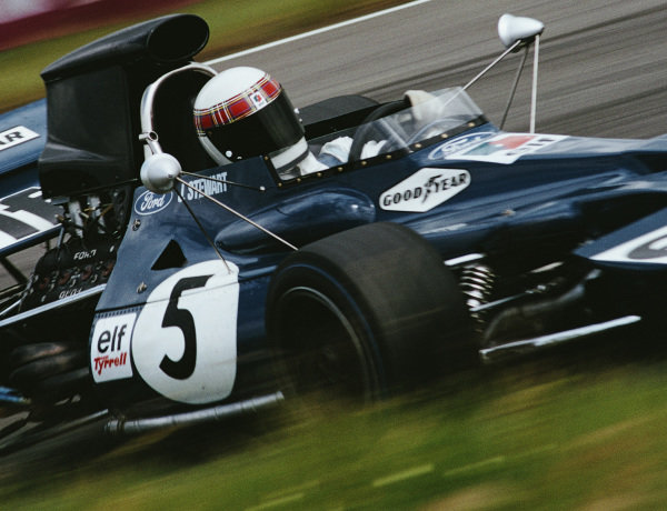 Jackie Stewart, Tyrrell 003 Ford, during practice.