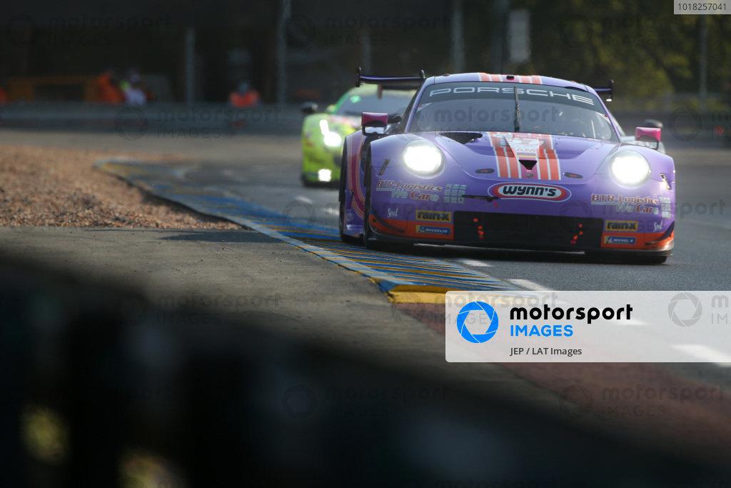 #57 Team Project 1 Porsche 911 RSR: Ben Keating / Felipe Fraga / Jeroen Bleekemolen