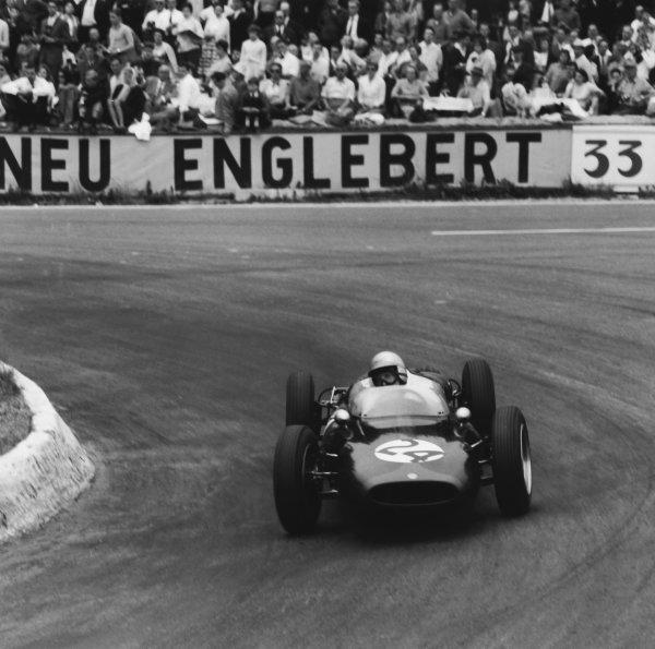Spa-Francorchamps, Belgium. 16-18 June 1961. John Surtees (Cooper T53-Climax) 5th position, action. World Copyright: LAT Photographic Ref: 9228