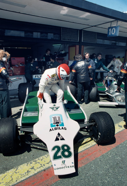 Jarama, Spain. 27 - 29 April 1979 Clay Regazzoni (Williams FW07-Ford), retired, in the pits with Ross Brawn in the background, portrait World Copyright: LAT Photographic Ref: 35mm Colour Transparency
