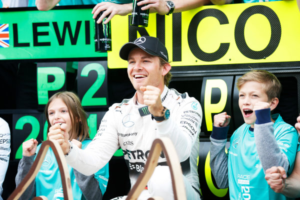 Red Bull Ring, Spielberg, Austria. Sunday 21 June 2015. Nico Rosberg, Mercedes AMG, 1st Position, celebrates with his team. World Copyright: Alastair Staley/LAT Photographic. ref: Digital Image _79P9038