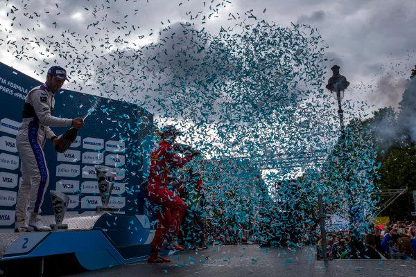 2015/2016 FIA Formula E Championship. Paris ePrix, Paris, France. Saturday 23 April 2016. Jean-Eric Vergne (FRA), DS Virgin Racing DSV-01, Lucas Di Grassi (BRA), ABT Audi Sport FE01 and Sebastien Buemi (SUI), Renault e.Dams Z.E.15. Photo: Zak Mauger/LAT/Formula E ref: Digital Image _L0U5974