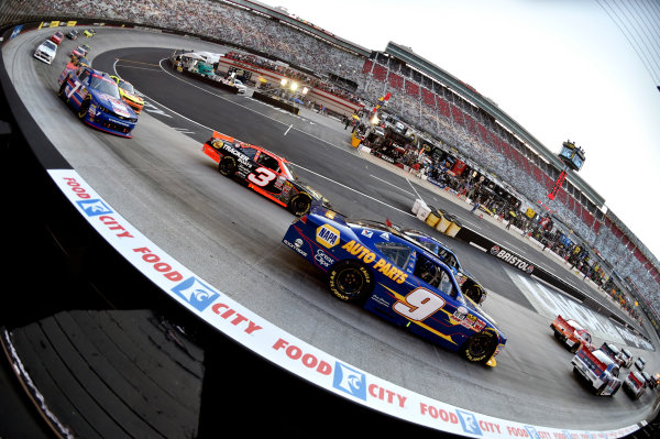 22 August, 2015, Bristol, Tennessee USA Chase Elliott and Ty Dillon ? 2015, Nigel Kinrade LAT Photo USA
