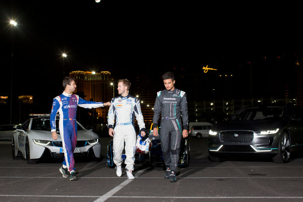 2016/2017 FIA Formula E Championship. Vegas eRace, Las Vegas, Nevada, United States of America. Thursday 5 January 2017. Antonio Felix da Costa, MS Amlin Andretti, with Sam Bird, DS Virgin Racing, and Mitch Evans, Panasonic Jaguar. Photo: Alastair Staley/LAT/Formula E ref: Digital Image 580A1440