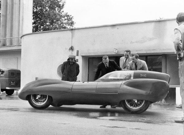 Monza, Italy. 3rd September 1956.Stirling Moss (Lotus Eleven), broke the 50k record with a speed of 135 54mph and the 50 mile record of 132 77mph.World Copyright: LAT PhotographicRef: Autocar Used Pic 14th September 1956 Pg 369.