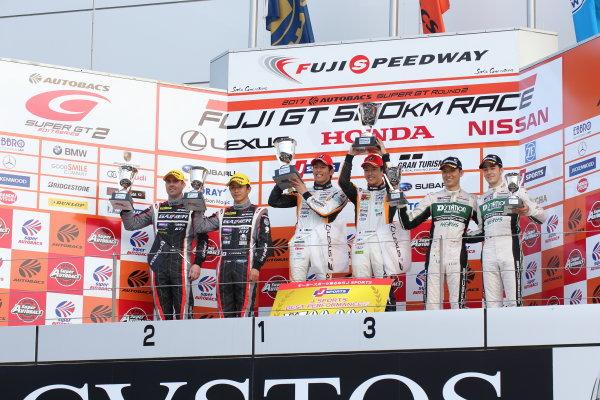 2017 Japanese Super GT Series. Fuji, Japan. 6th - 7th April 2017. Rd 2. GT300 Winner Yuichi Nakayama & Sho Tsuboi ( #51 JMS P.MU LMcorsa RC F GT3 ) 2nd position Katsuyuki Hiranaka & Bjorn Wirdheim ( #11 GAINER TANAX AMG GT3 ) 3rd position Tomonobu Fujii & Sven Muller ( #33 D'station Porsche ) podium, portrait World Copyright: Yasushi Ishihara / LAT Images. Ref: 2017SGT_Rd2_11