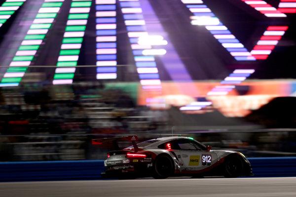 2017 Rolex 24 Hours. Daytona, Florida, USA Saturday 28 January 2017. #912 Porsche Team North America Porsche 911 RSR: Kevin Estre, Laurens Vanthoor, Richard Lietz World Copyright: Alexander Trienitz/LAT Images ref: Digital Image 2017-24h-Daytona-AT1-4301