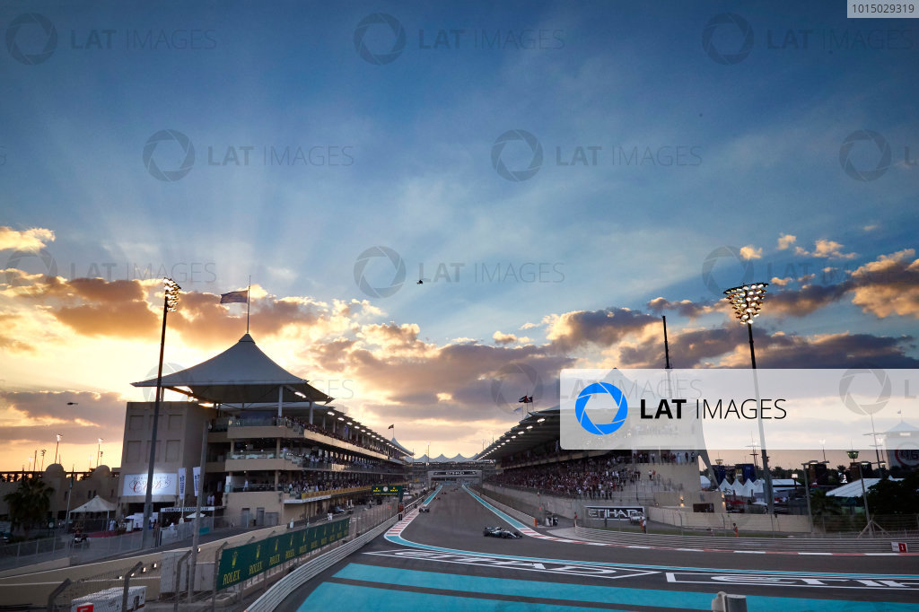 Yas Marina Circuit, Abu Dhabi, United Arab Emirates. Sunday 26 November 2017. Valtteri Bottas, Mercedes F1 W08 EQ Power+, leads Lewis Hamilton, Mercedes F1 W08 EQ Power+. World Copyright: Steve Etherington/LAT Images  ref: Digital Image SNE20851