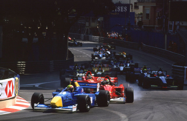 2001 F3000 ChampionshipMonte Carlo, Monaco. 26th May 2001Mark Webber (Super Nova Racing) leads Justin Wilson (Coca-Cola Nordic Racing) and Darren Manning (Arden Team Russia) at the start of the race.World Copyright: Clive Rose / LAT Photographicref: 35mm Image A10