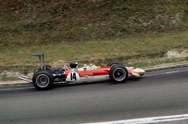 Rouen-Les-Essarts, France.  5-7 July 1968.  Jackie Oliver (Lotus 49B Cosworth)  Ref-68FRA16.  World Copyright - LAT Photographic