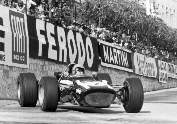 1968 Monaco Grand Prix.Monte Carlo, Monaco. 26 May 1968.Lucien Bianchi, Cooper T86B-BRM, 3rd position, action.World Copyright: LAT PhotographicRef: Autosport b&w print
