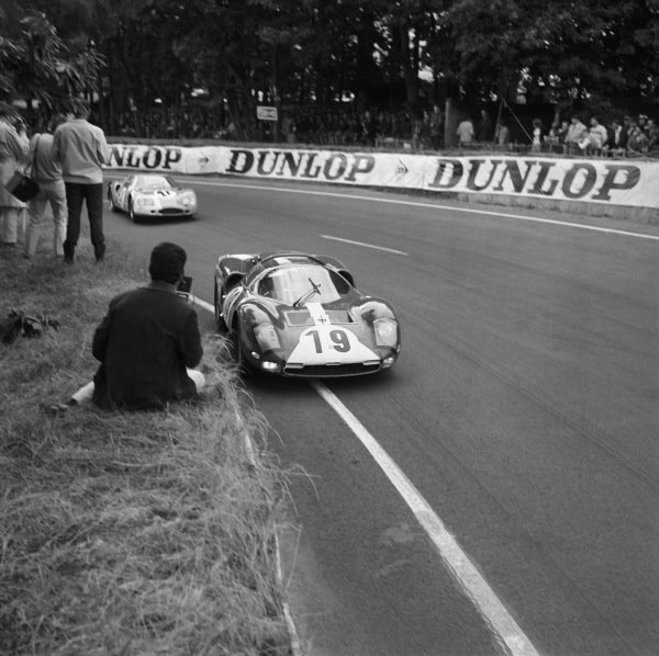 Le Mans, France. 18th - 19th June 1966. Willy Mairesse/Herbert Muller (Ferrari 365 P2), retired, leads Jean-Pierre Beltoise/Johnny Servoz-Gavin (Matra M620 BRM), retired, action.  World Copyright: LAT Photographic. Ref:  34987.