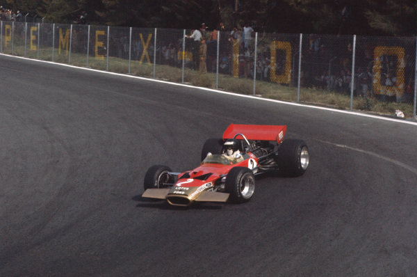 1969 Mexican Grand Prix.  Mexico City, Mexico. 17-19th October 1969.  Jochen Rindt, Lotus 49B Ford.  Ref: 69MEX19. World Copyright: LAT Photographic