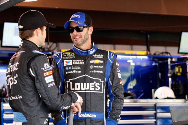 24-26 October, 2014, Martinsville, Virginia USA Jimmie Johnson Kasey Kahne ©2014, Matthew T. Thacker LAT Photo USA