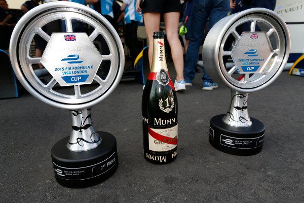 2014/2015 FIA Formula E Championship. London e-Prix, Battersea Park, London, UK. Saturday 27 June 2015. The trophies. World Copyright: Sam Bloxham/LAT Photographic/Formula E. ref: Digital Image _SBL9590