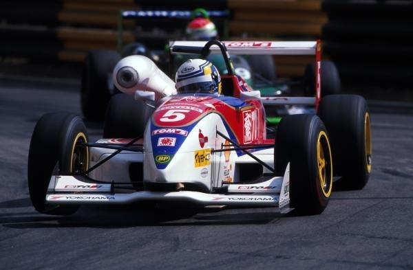 Race Winner Peter Dumbreck (GBR) Dallara.45th Macau Formula Three Grand Prix, Macau, Hong Kong, 22 November 1998