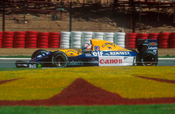 1992 South African Grand Prix.Kyalami, South Africa.28/2-1/3 1992.Nigel Mansell (Williams FW14B Renault) 1st position.Ref-92 SA 16.World Copyright - LAT Photographic