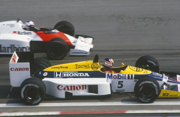 Nigel Mansell, Williams FW11 Honda, battles with Alain Prost, McLaren MP4-2C TAG.