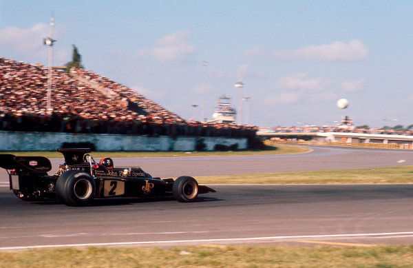 1973 Argentinian Grand Prix.Buenos Aires, Argentina.26-28 January 1973.Emerson Fittipaldi (Lotus 72D Ford) 1st position.Ref-73 ARG 05.World Copyright - LAT Photographic