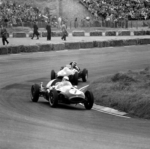 1958 Dutch Grand Prix.Zandvoort, Holland.24-26 May 1958.Roy Salvadori (Cooper T45 Climax) leads Mike Hawthorn (Ferrari Dino 246).Ref-2061.World Copyright - LAT Photographic