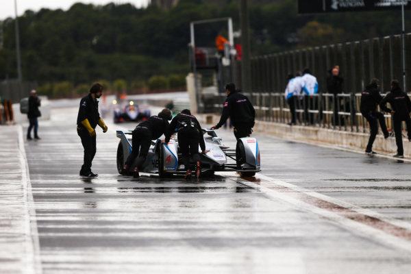 Edoardo Mortara (CHE) Venturi Formula E, Venturi VFE05 returns to the garage
