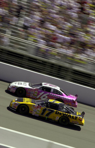 Rookie Matt Kenseth (17) laps the car of Kevin LePage while leading the race. Kenseth fell to 8th after a slow late race pitstop, but rebounded to finish third.NAPA Auto Parts 500 at California Speedway, Fontana, California, USA, 30 April,2000.-F Peirce Williams 2000 LAT PHOTOGRAPHIC USA
